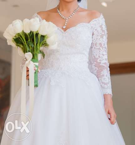 wedding dress in a perfect condition, Size: M