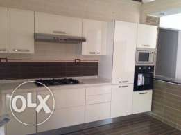 White acrylic kitchen available   2200EGY for m²