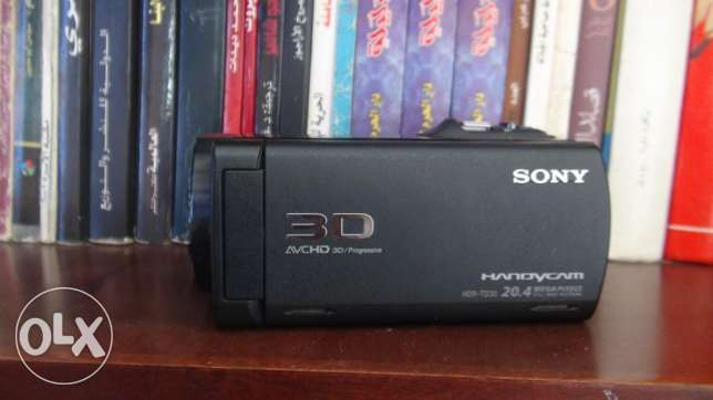 90full hd 3d handycam SONY HDR-TD30VE for sale قويسنا -  2