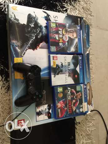 PlayStation 4 500 G العبور -  1