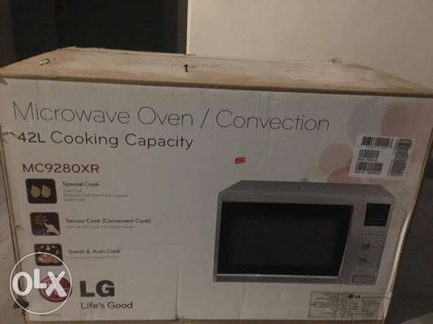 LG Microwave 42 Liter Convection NEW!