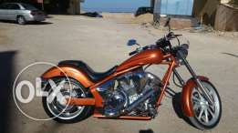 Honda Fury 1300cc very good condition. Efrag .only 6600 miles. perfect sound .alot or modification. fat tire 240 .amazing color .
