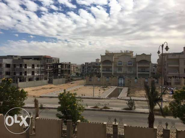 For Rent Apartment 450 sqm at Alnakhil Compound القاهرة الجديدة -  2
