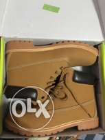 Half boot size 41 from pixi