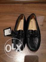 Black shoes size 28