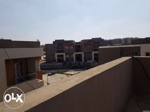 Penthouse in zayed Regency Compound - sheikh zayed