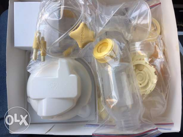 medela breast feeding pump الشيخ زايد -  2