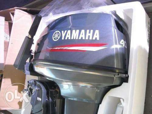 Yamaha Outboard Engine, 9.9HP 4-Stroke Pull-Start, 2-Cyl w/Propeller F
