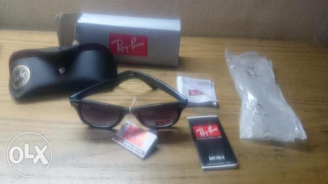 Ray-ban sunglasses made in Italy