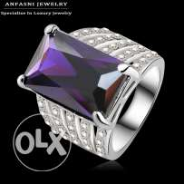 Very nice ring cost price only size 9
