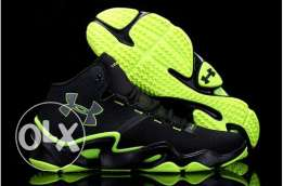Under armour runing shoes