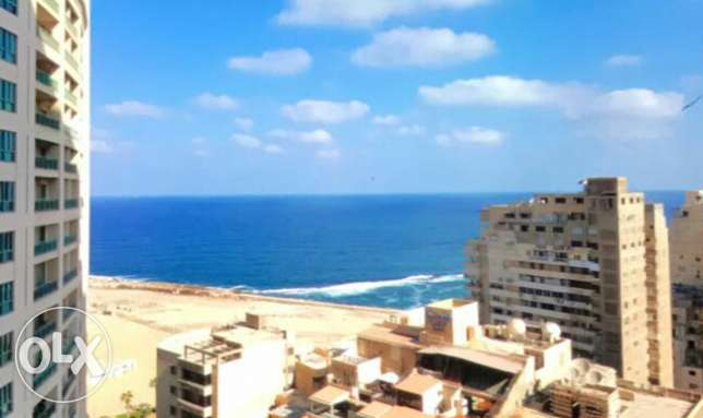 A luxury furnished apartment for rent in four season Alex 2000$
