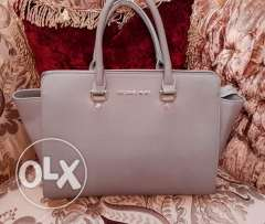 Michal cors gray bag