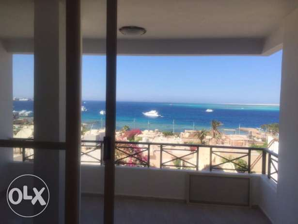 3 Bedrooms Finished Apartment with Amazing Sea View الغردقة -  2