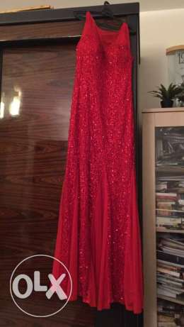 red dress size 46