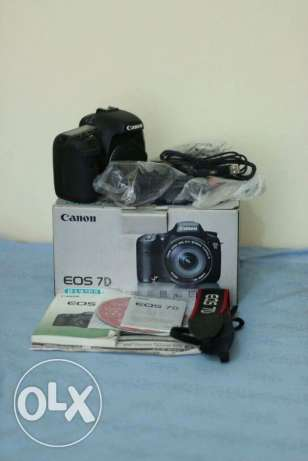 canon 7d with battry grip perfect condition