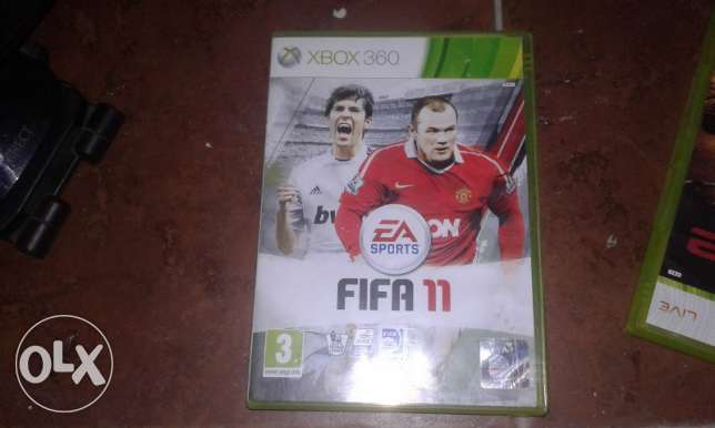 Fifa 11 -Tiger Woods-headphones xbox360