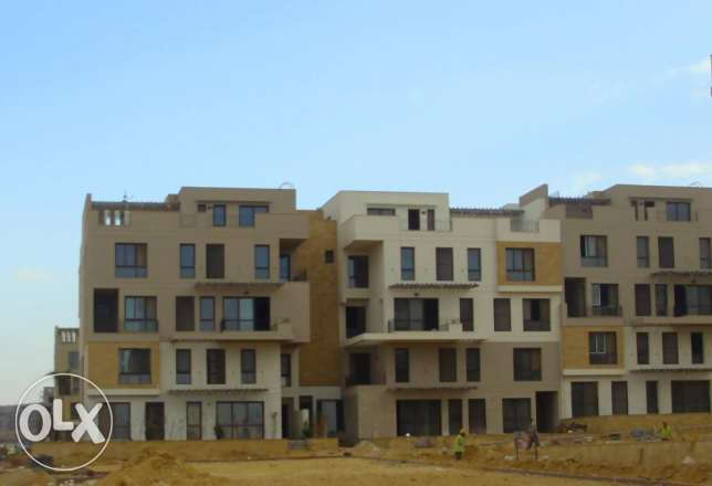 Apartment for sale in East town SODIC 153 M2 prime location