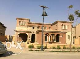 Terencia Villa 1200 m golf view for sale | uptown Cairo