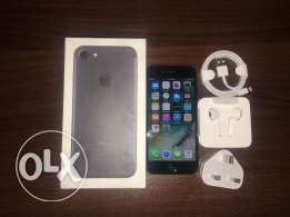 iphone 7 128 giga used 2 days only