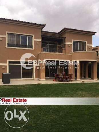 villa for rent 600m in Lake View Compound New Cairo Teseen St Tagamoa