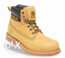 caterpillar shoes safety boots