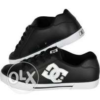 DC men's original shoes flat black size 44 from France