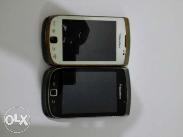 2 Blackberry Torch 9810