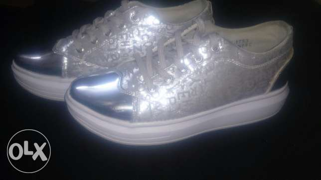 Silver shoes size 39