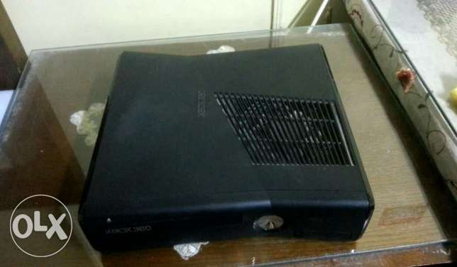 Xbox 360 good condition for sale with 52 games المطرية -  1