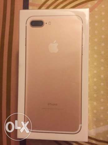 I phone 7 plus gold 256 Gb كليوباترا -  2