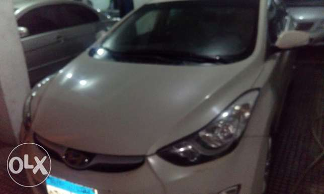 Hayndi Elantra 2013 OFF WHITE