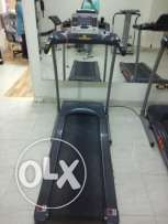 Trademill for sale, as good as new - perfect condition مشايه للبيع