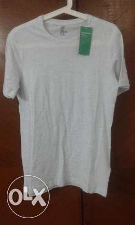 H&M T-Shirt New ,Size Small