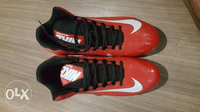 Nike Men's Alpha Strike Football shoe