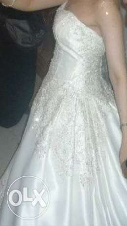Oleg cassini wedding dress from USA. Mint condition. Sale مدينة نصر -  2