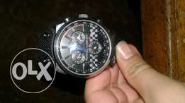 tag heuer made swiss ساعه