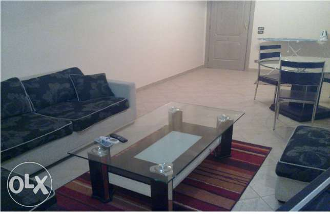 2 bedroom flat for rent with direct pool view. Kawthar الغردقة -  6