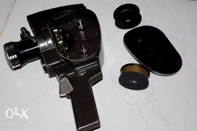 for cameras lovers very old camera quarz zoom very old camera in very