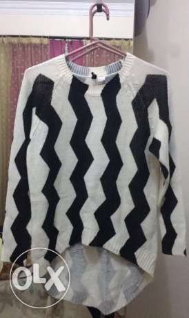 black and white long knitted sweater
