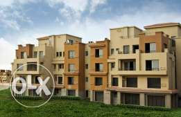 Duplex with garden for sale in Casa fully finished prime location
