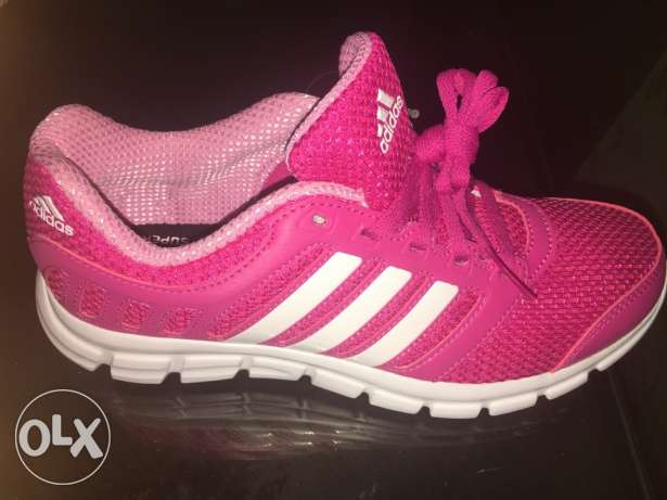 New original adidas running shoes for women never used before Siza 38. سموحة -  3