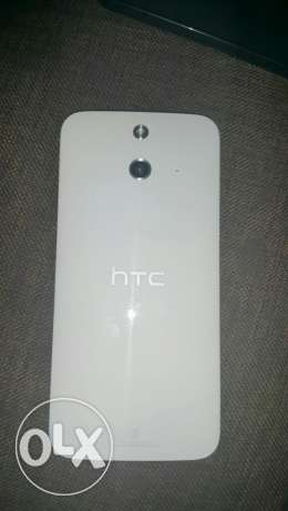 HTC one E8 الزيتون -  3