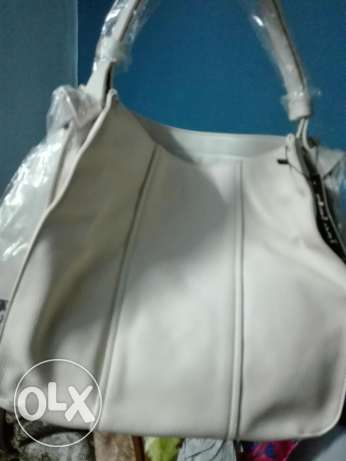 New dejavu off white handbag