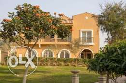 Villa 316 m and a premium 4 years.. receive immediat