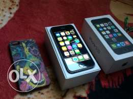 iphone 5s Gray 16Giga international with box all acc