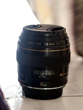 fore sale lens 85mm f1.8 canon