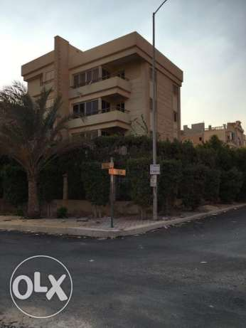 Building for sale in 6 October City مصر الجديدة -  1