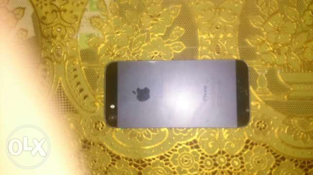 iPhone 5for sale to buy 5s عين شمس -  1