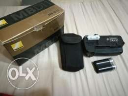 Battery grip original with battery for nikon d7000